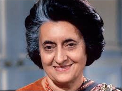 Née le 19 novembre, femme politique indienne, Premier ministre de son pays de 1966 à 1977, puis de 1980 à sa mort tragique (elle meurt assassinée), le 31 octobre 1984, Indira Gandhi fut la deuxième femme au monde à être élue démocratiquement à la tête d'un gouvernement. De quel ancien Premier ministre indien était-elle la fille unique ?
