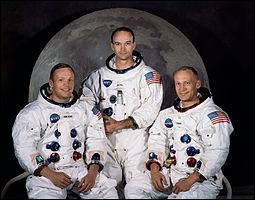 À propos du premier pas de l'homme sur la Lune. Quelle mission Apollo a transporté Niel Amstrong ?