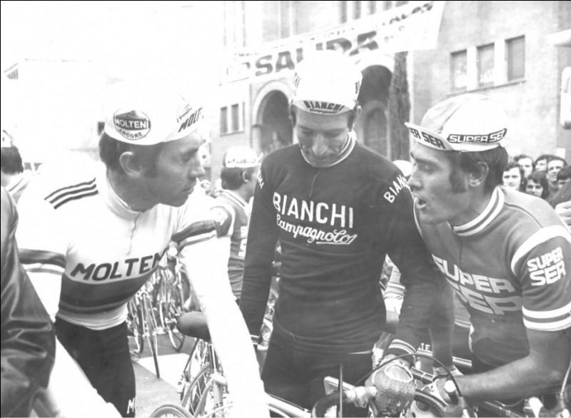 Parmi les trois coureurs légendaires du Tour de France sur cette photo, qui le gagne cette année-là?