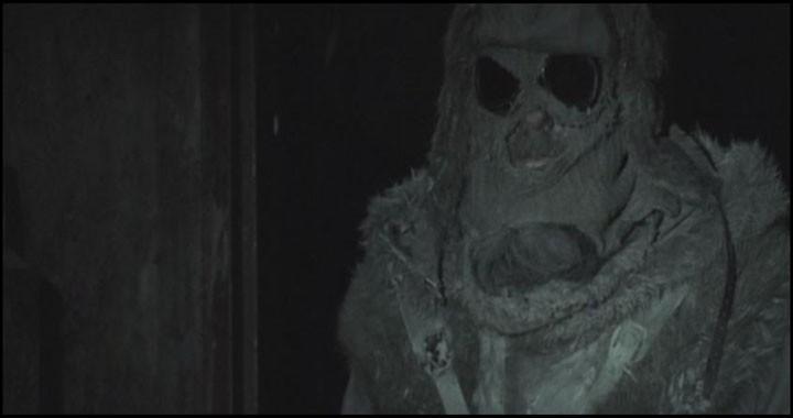 """Qui est ce personnage, sorti tout droit du film """"Boogyman"""""""