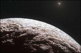 Quelle est cette planète naine qui doit son nom à une déesse représentant la discorde dans la mythologie grecque ?