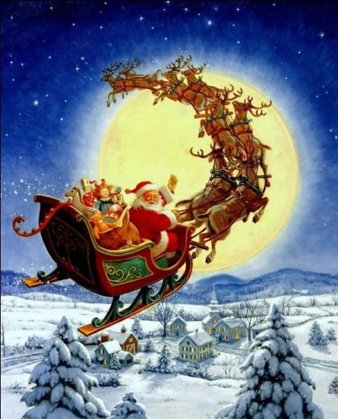 Une fois les cadeaux _____ et les biscuits mangés, il remonte par la cheminée et repart.