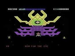 A bord de votre vaisseau spatial, votre mission est de secourir d'autres vaisseaux. Tirez sur les météorites et les aliens pour progresser.