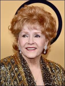 Née le 1er avril 1932 à El Paso au Texas, elle fut actrice, artiste de variétés, femme d'affaires, historienne de cinéma mais surtout mère de 2 enfants. Dont l'une très connue : Carrie Fisher. Elle est morte 1 jour après sa fille à l'âge de 84 ans.