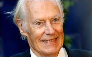 Il est né le 3 janvier 1926 et fut producteur britannique, surtout des Beatles de 1962 à 1970. Il décéda le 8 mars 2016 à l'âge de 90 ans.