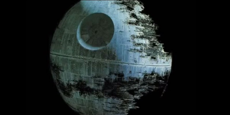Je peux détruire des planètes entières, je suis une arme de l'Empire, que suis-je ?