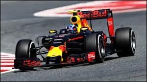 Quel pilote devint le plus jeune pilote vainqueur d'un Grand Prix de Formule 1, lors du Grand Prix d'Espagne 2016 ?