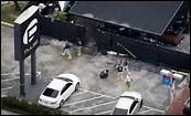 Attentat à Orlando, en Floride. Un homme rentre dans un bar et tire sur tout le monde. Il causera ... morts avant de se faire abattre par les forces de police américaines.