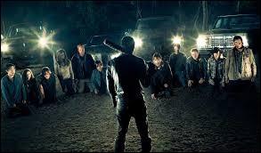 Qui sont les 2 victimes de Negan dans le premier épisode ?