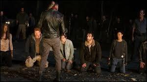 Dans l'épisode 8, Negan fait à nouveau 2 victimes : de qui s'agit-il ?