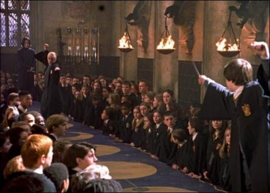 Quel sortilège doivent effectuer Harry et Drago ?