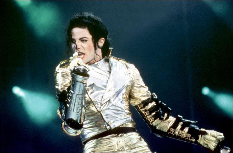 Cette photo a été prise en 1997 (attention il a encore un piège) : de quel album s'agit-il ?