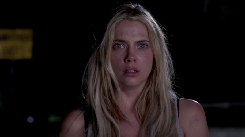 Qui retrouve Hanna à la fin de l'épisode ?