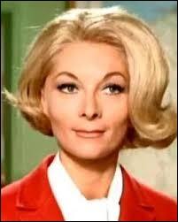 Cette actrice est connue pour avoir incarné dans plusieurs films le rôle de la femme de Louis de Funès, il s'agit de...
