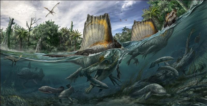 D'après les études les plus récentes, le Spinosaure et le Titanoboa passaient la plus grande partie de leurs journées dans l'eau. Le plus grand carnivore 100% terrestre serait donc...