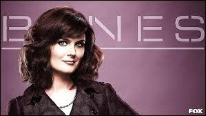 Combien le docteur Brennan a-t-elle eu d'internes tout au long de la série ?