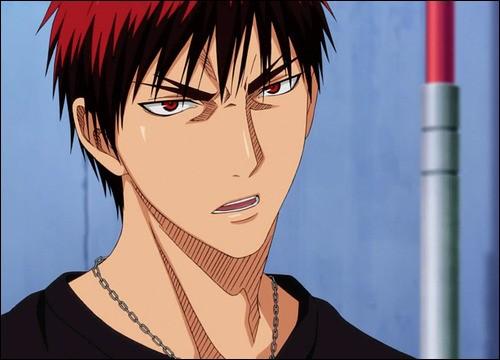Quel âge a Kagami et quelle est sa taille ?