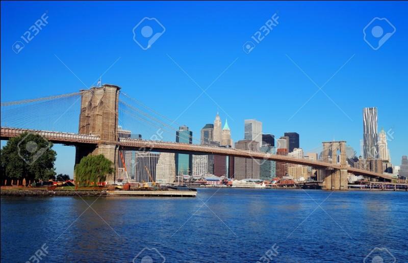 Quel type de pont est le pont de Brooklyn ?