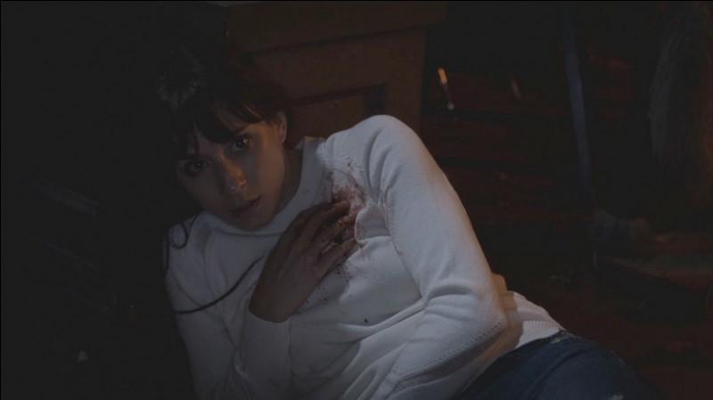 Qu'est-ce qui arrive à Spencer, et que découvre-t-on sur celle-ci ?
