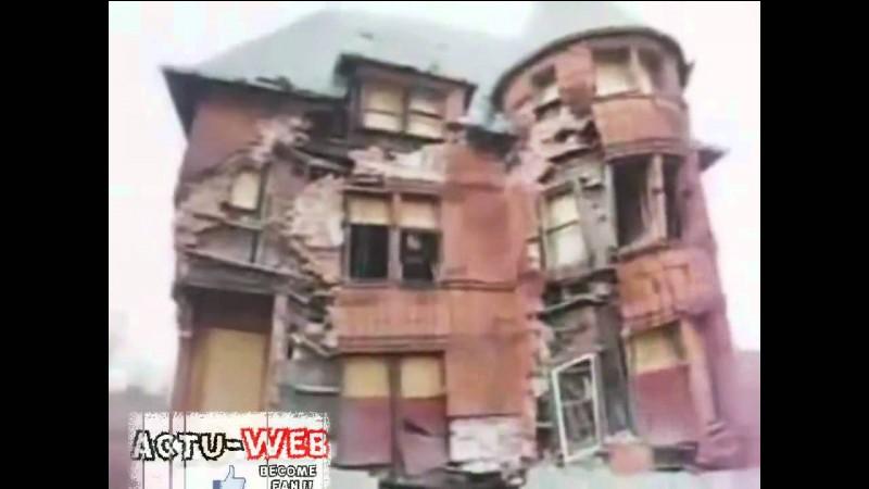 Un bâtiment va s'écrouler sur toi :