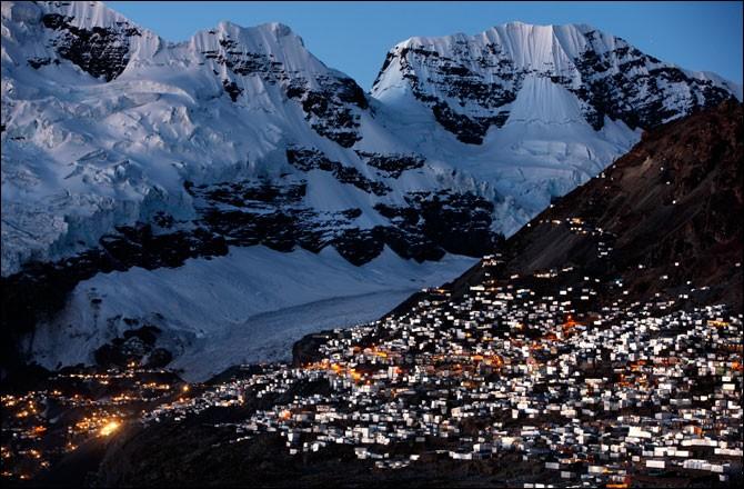 Quelle est la plus haute ville du Monde, construite à 5 100 m d'altitude ?
