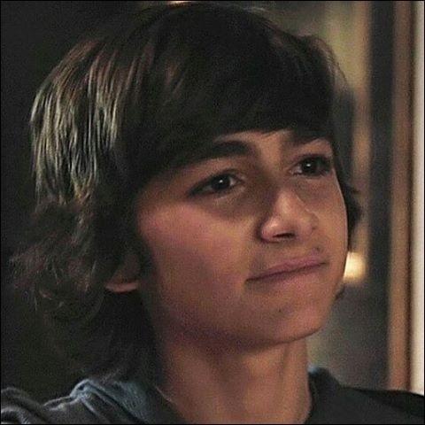 Connais-tu Esteban des Kids United ?