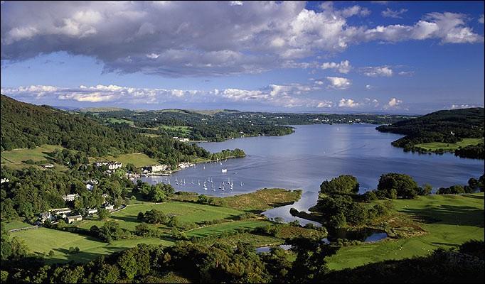 Il y aurait encore la possibilité de choisir un week-end sauvage aux alentours du lac de Windermere qui hébergerait, selon la légende, un cousin du monstre du Loch Ness :