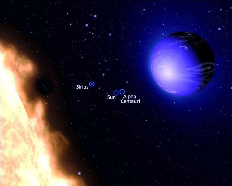 Il y fait chaud, atmosphère, atmosphère à plus de 1 000 degrés ! En direction de quelle constellation cette exoplanète, découverte par Hubble en 2005, orbite-t-elle ?