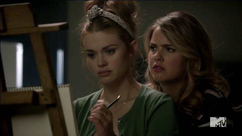 Dans la saison 4 quel est le 2e nom que déchiffre Lydia ?