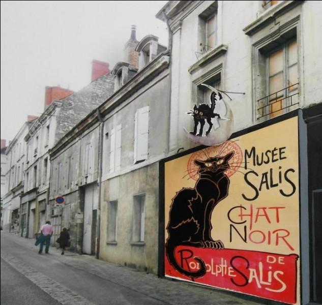 Le Chat noir fut un célèbre cabaret parisien :