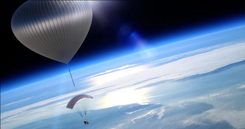 """Pour """"voyager"""" dans l'espace, je traduis..."""