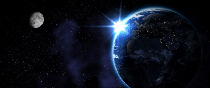 """Quelle est la bonne orthographe de """"planète"""" en anglais ?"""
