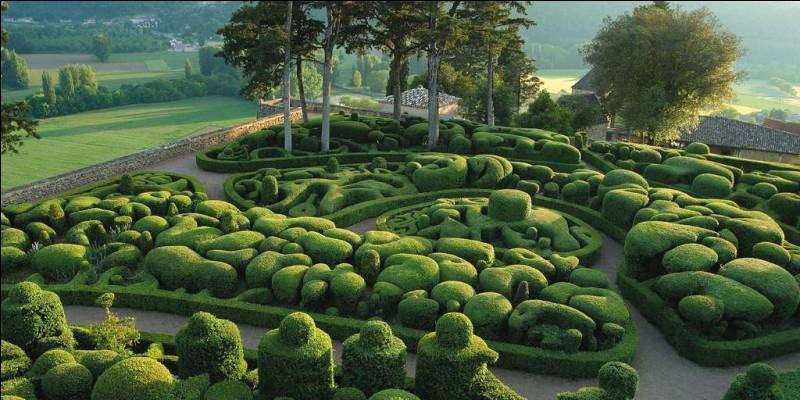 Une petite balade dans ce très beau jardin situé en Dordogne. Quel est-il ?