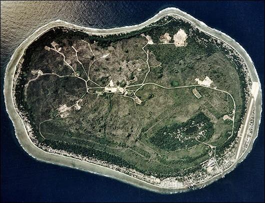 Nauru, en Micronésie, près de l'Australie est considérée comme la plus petite République du monde avec 21, 3 km².Quel État, membre de l'UE, a la plus petite superficie ?