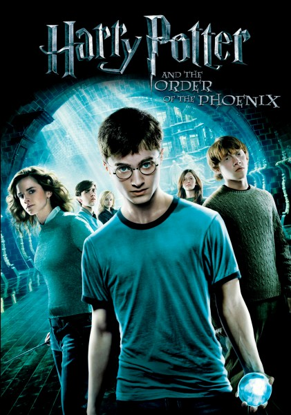 Avec qui Harry Potter se rend-il au département des mystères ?