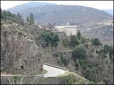 Le village Ardéchois de Sainte-Marguerite-Lafigère se situe dans l'ancienne région ...