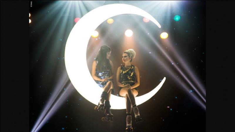 Que manque-t-il sur le collier de Luna ?