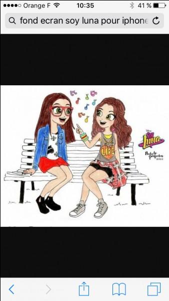 Luna et Nina chantent une chanson, laquelle ?