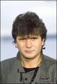 """Quel chanteur a interprété """"L'Aziza"""" en 1985 ?"""