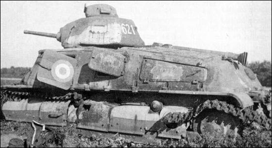 C'est le char moyen et standard de l'armée française, quel est-il ?