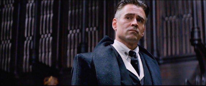 ATTENTION, SPOIL DANS LE COMMENTAIRE DE CETTE QUESTION LORS DE L'AFFICHAGE DES RÉPONSES.Quel acteur joue le rôle de Percival Graves ?