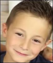 Comment le fils de Roxane s'appelle-t-il ? (Il n'a pas beaucoup fait de vidéos avec Roxane, sa maman, mais quelques challenges !)