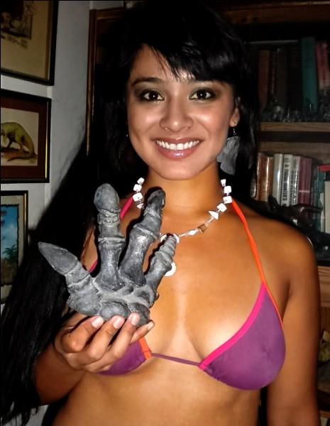 Cette main a appartenu à un dinosaure...