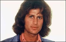 Quel chanteur s'est suicidé le 25 avril 1975 ?