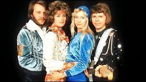 "A quel groupe suédois doit-on le tube ""Mamma Mia"" ?"