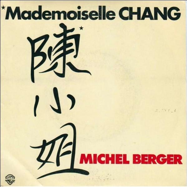 « Mademoiselle Chang » rend hommage à une jeune femme exilée en France (Elle a dû quitter son pays dirigé par les Khmers rouges) qui s'occupe de ses deux enfants. De quel pays est-elle originaire ?