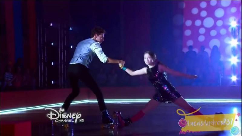 Pourquoi Simón ne patinera-t-il pas avec Luna dans l'épisode 40 de la saison 1 ?
