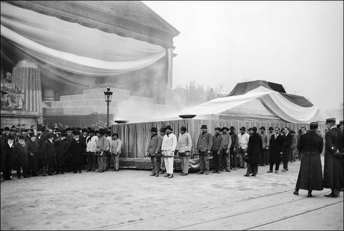 Qui était Président de la République lors du transfert des cendres de Jean Jaurès au Panthéon, le 23 novembre 1924 ?