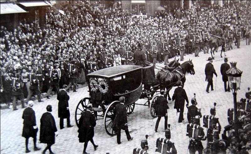 Qui était Président de la République lors des obsèques nationales de Victor Hugo ?