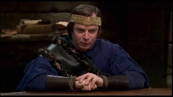 "Que dit le roi Loth après la citation : ""Tempora Mori, tempora meris recorda"" ?"